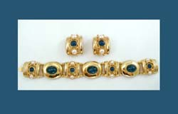 Joan Rivers Blue Glass Cabochon Bracelet and Earrings